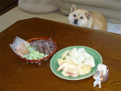 梨と桃ですね。