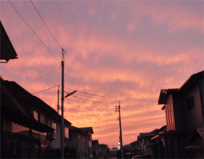 夕日も真っ赤。